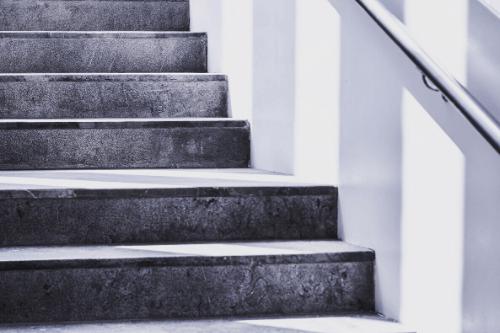 階段の段差